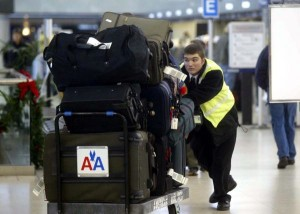 Spain-airports-to-start-luggage-cart-fee