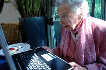 44-grandma-computer