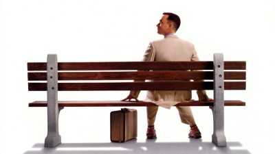 forrest-gump-suitcase-bench-tom-hanks